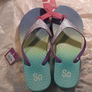 Women's Sandals Thong Wedged NWT